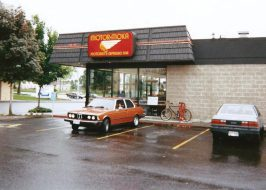 http://www.wweek.com/restaurants/2017/11/08/portland-invented-the-worlds-first-drive-thru-coffeehouse-heres-the-story/