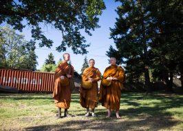 https://www.opb.org/artsandlife/article/buddhist-monastery-white-salmon-washington-thai-forest-gorge/